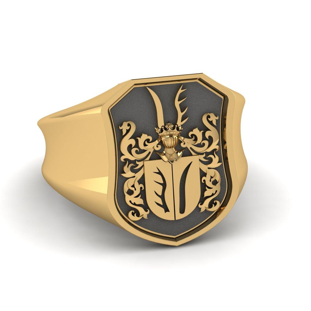 Перстень с фамильным гербом